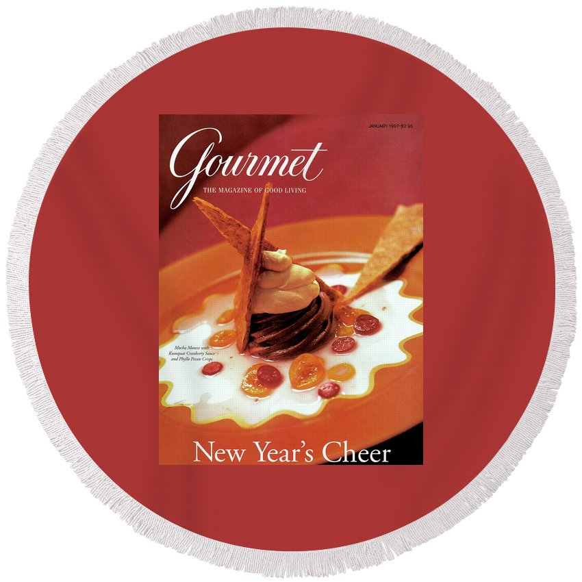 Food Round Beach Towel featuring the photograph A Gourmet Cover Of Moch Mousse by Romulo Yanes