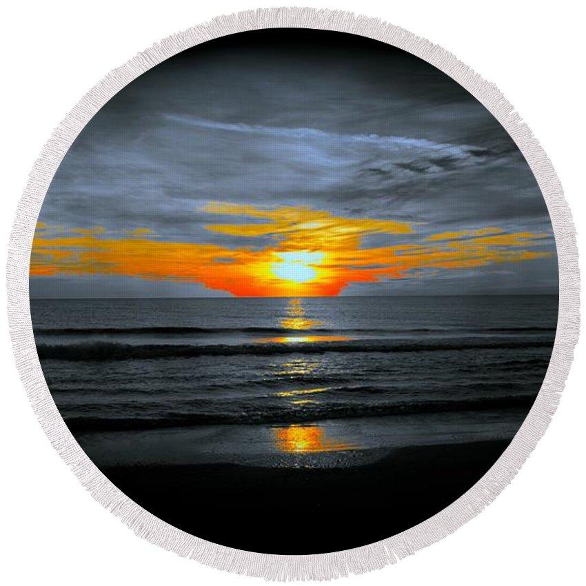 Sunset Round Beach Towel featuring the photograph A Phoenix Firebird Sunset by Tim G Ross