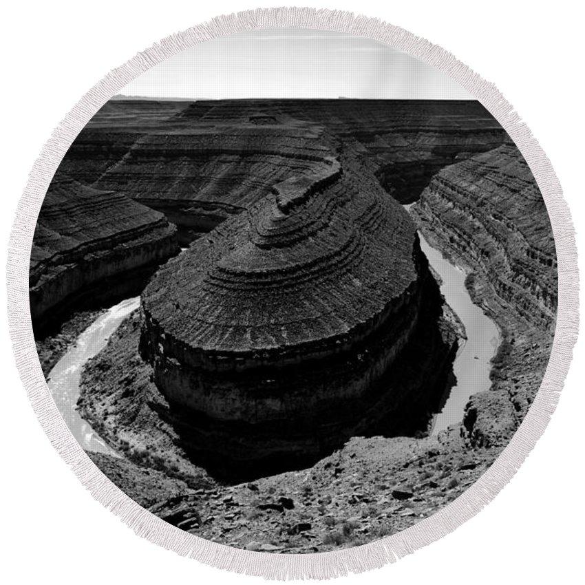 Goosenecks Utah Round Beach Towel featuring the photograph A River Runs Through It by David Lee Thompson
