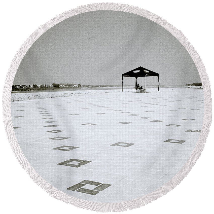 Asia Round Beach Towel featuring the photograph A Solitary Life by Shaun Higson