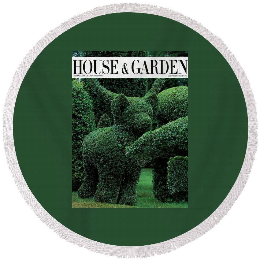 Animal Round Beach Towel featuring the photograph A Topiary Bear In Alice Braytons Green Animals by Horst P. Horst