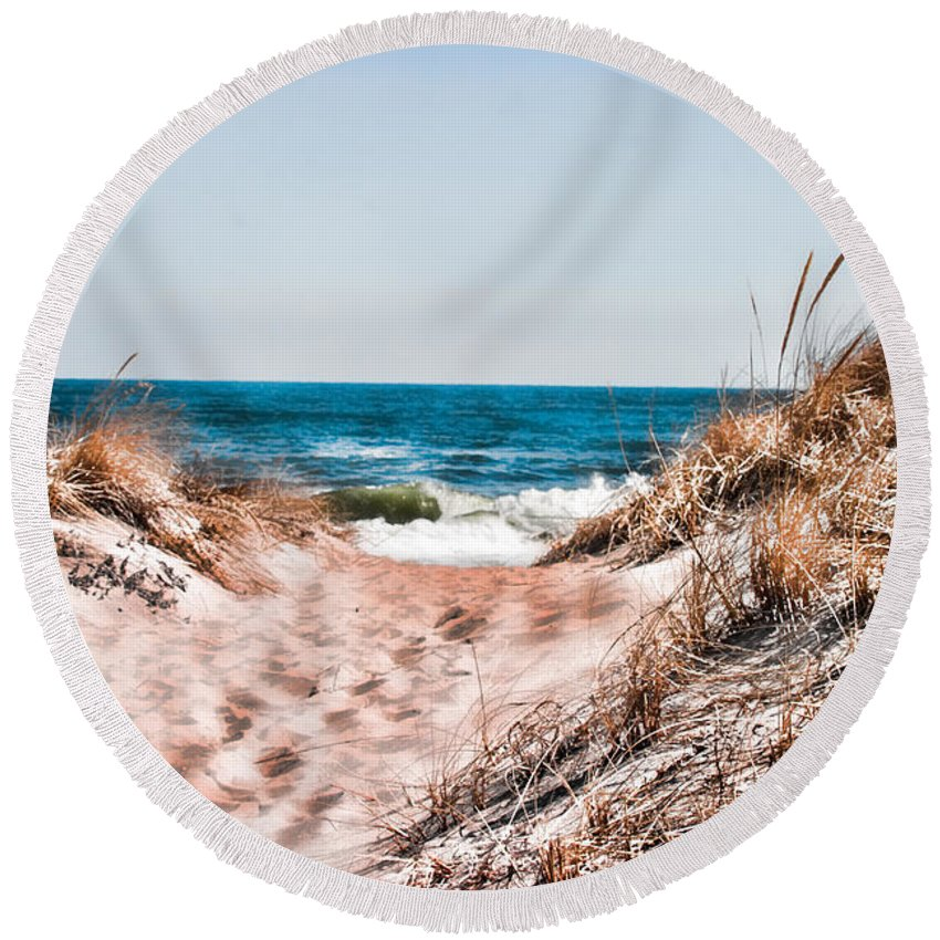 Beach Retaining Fence Round Beach Towel featuring the photograph A Walk Out To The Water by Jeff Folger