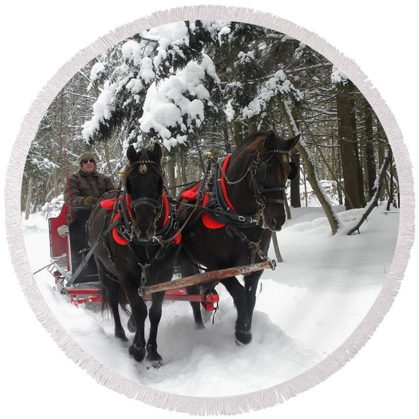 Angus Mcdonald Round Beach Towel featuring the photograph A Wonderful Day For A Sleigh Ride by Peggy McDonald