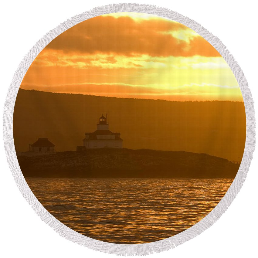Acadia National Park Round Beach Towel featuring the photograph Acadia Lighthouse by Sebastian Musial