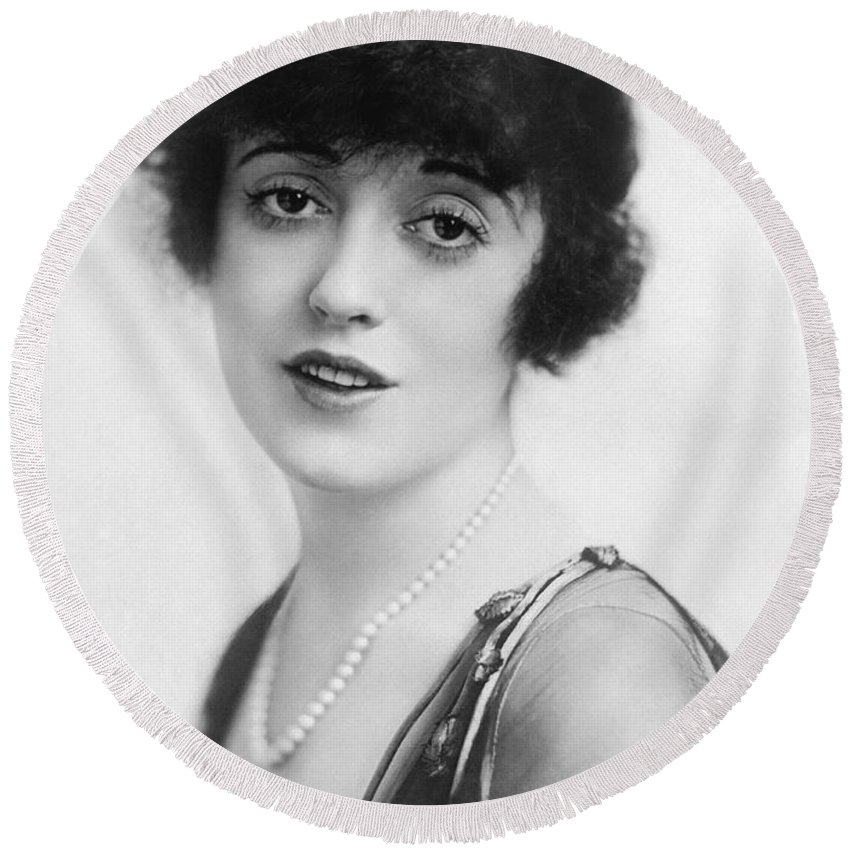 1922 Round Beach Towel featuring the photograph Actress Mabel Normand by Underwood Archives