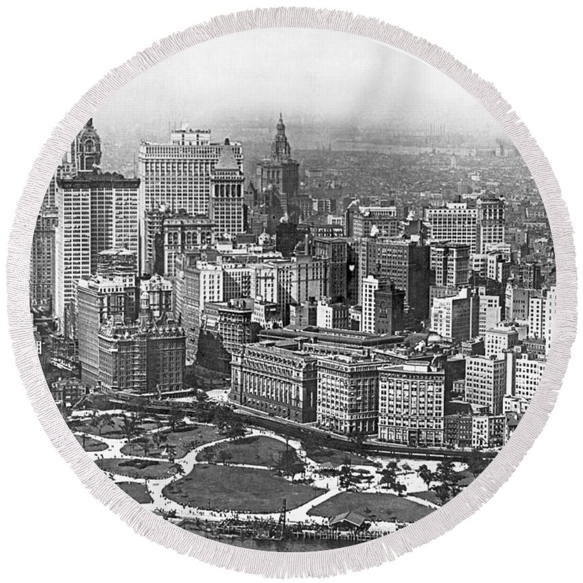 1917 Round Beach Towel featuring the photograph Aerial View Of Nyc Battery by Underwood Archives
