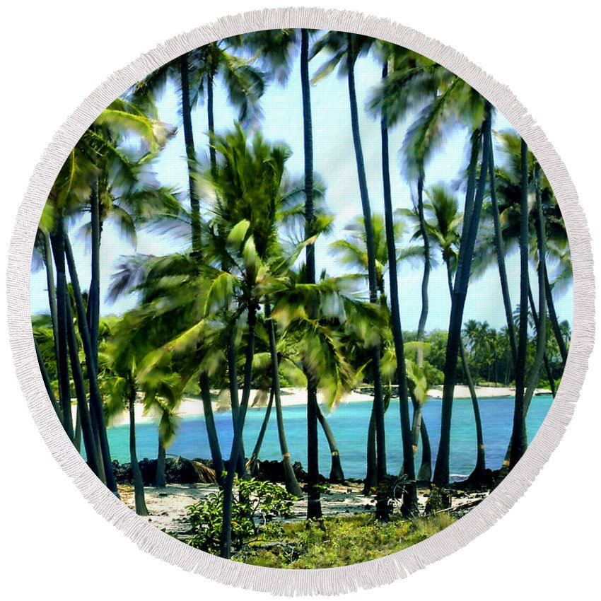 Hawaii Round Beach Towel featuring the photograph Afternoon At Kakaha Kai by Kurt Van Wagner
