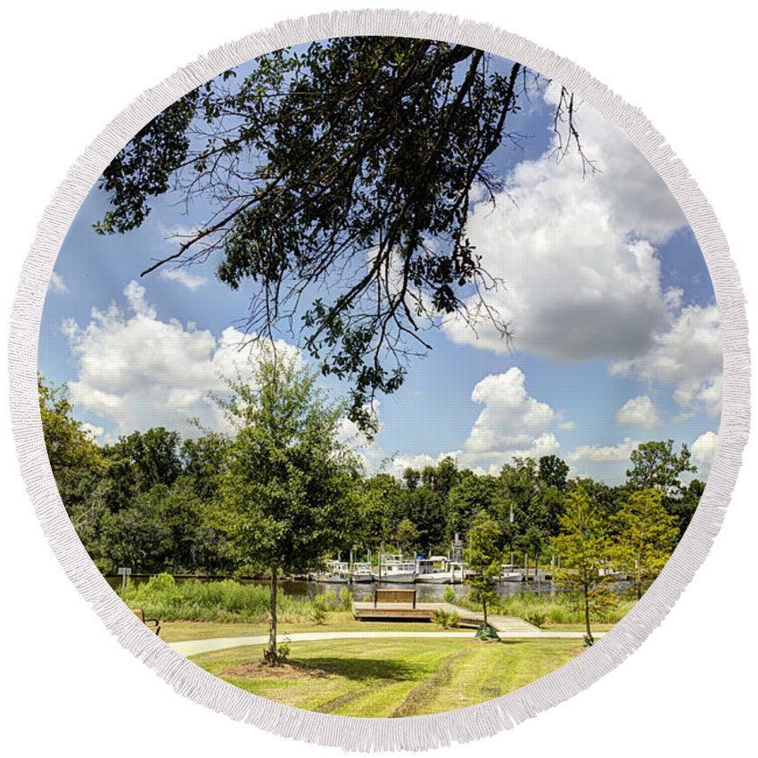 Park Round Beach Towel featuring the photograph Afternoon At The Park by Joan McCool