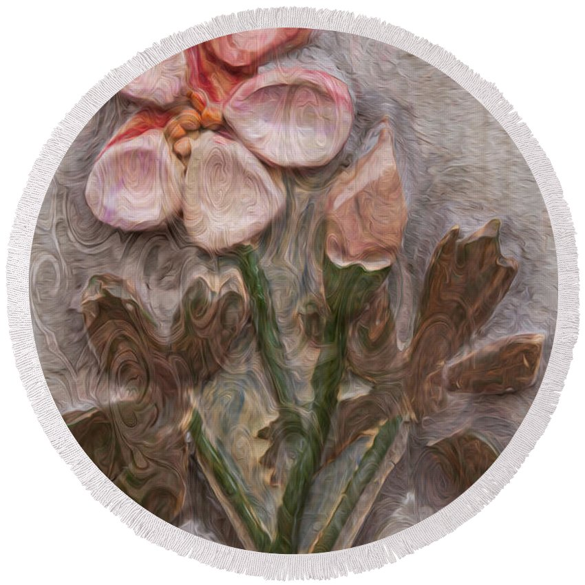 Georgia Okeefe Round Beach Towel featuring the painting Aged Pink Beauty by Omaste Witkowski