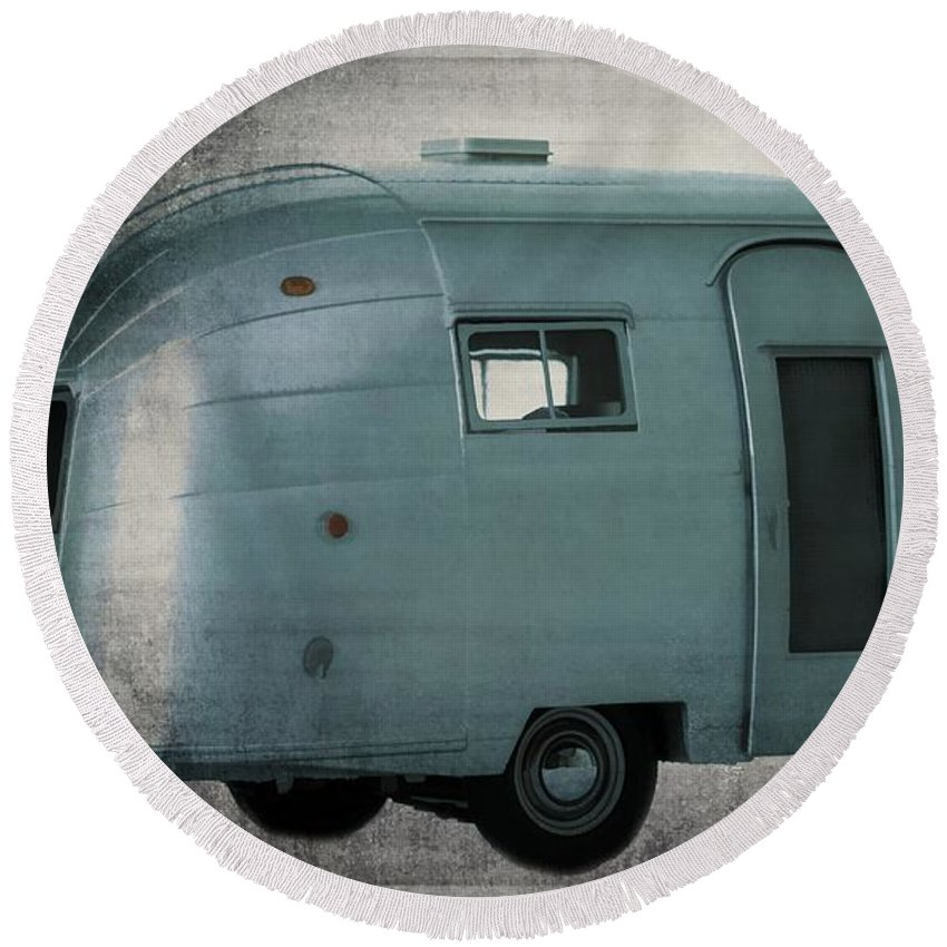 Vintage Round Beach Towel featuring the photograph Airstream by Edward Fielding