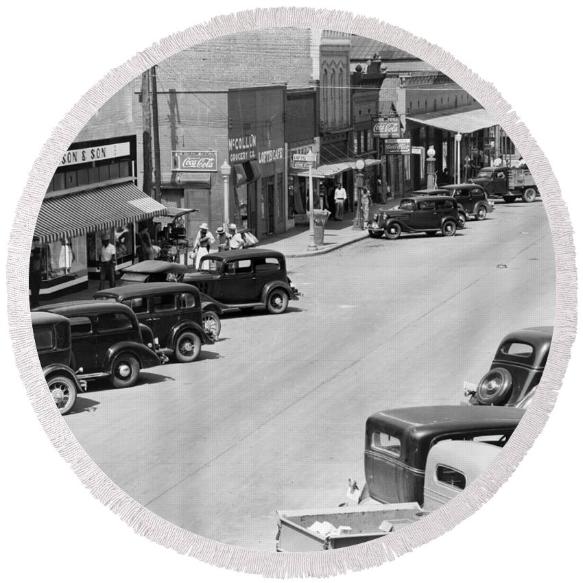 1935 Round Beach Towel featuring the photograph Alabama Town, C1935 by Granger