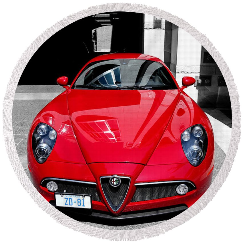 Alfa Romeo Round Beach Towel featuring the photograph Alfa Romeo 1c by Andrew Fare
