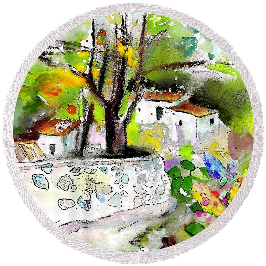 Altea La Vieja Painting Round Beach Towel featuring the painting Altea La Vieja 04 by Miki De Goodaboom