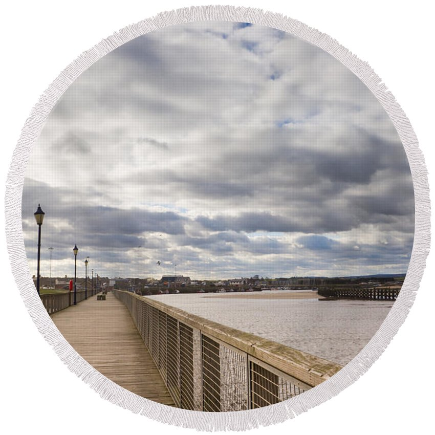 Northumberland Round Beach Towel featuring the photograph Amble Harbour And Village by David Head