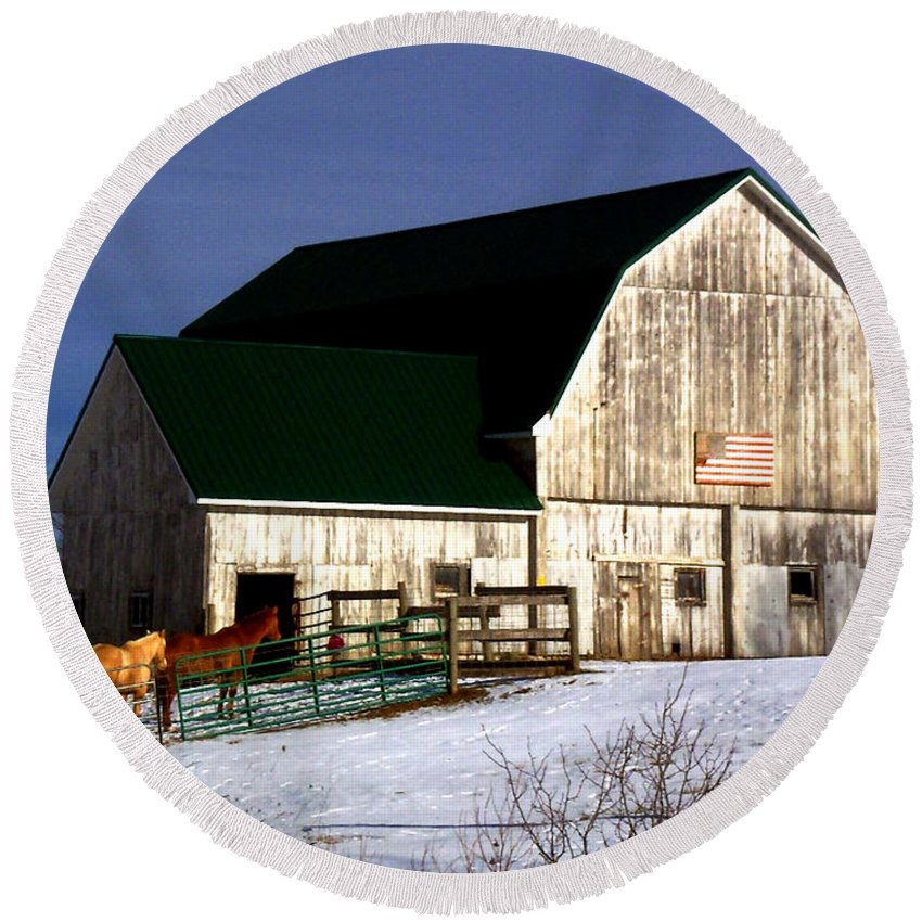 America Round Beach Towel featuring the photograph American Barn by Desiree Paquette