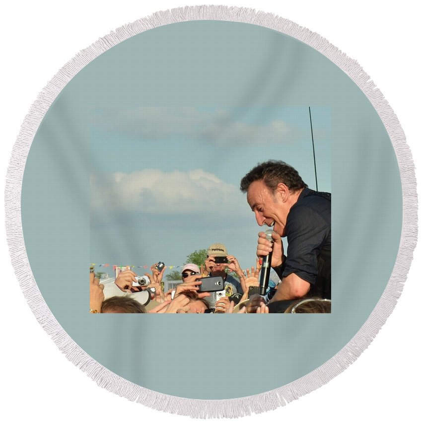 Bruce Springsteen Round Beach Towel featuring the photograph Among The Crowd by William Morgan