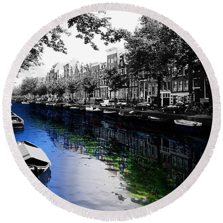 Amsterdam Round Beach Towel featuring the photograph Amsterdam Colorsplash by Nicklas Gustafsson