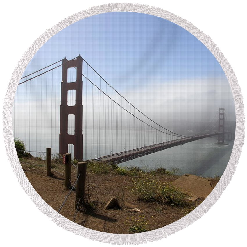 Golden Gate Bridge Round Beach Towel featuring the photograph An Amazing View by Christiane Schulze Art And Photography