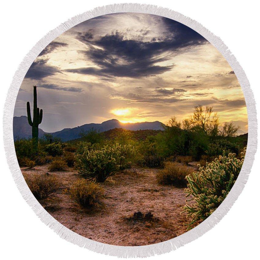 Sunset Round Beach Towel featuring the photograph An Evening In The Desert by Saija Lehtonen