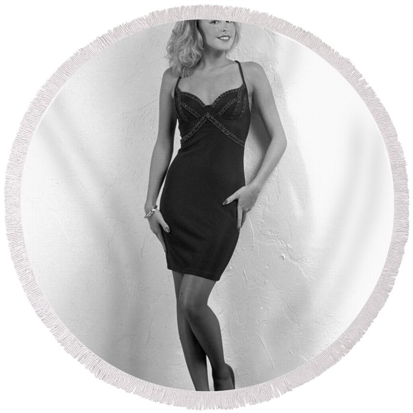 Model Round Beach Towel featuring the photograph Angelavegasdress by Gary Gingrich Galleries