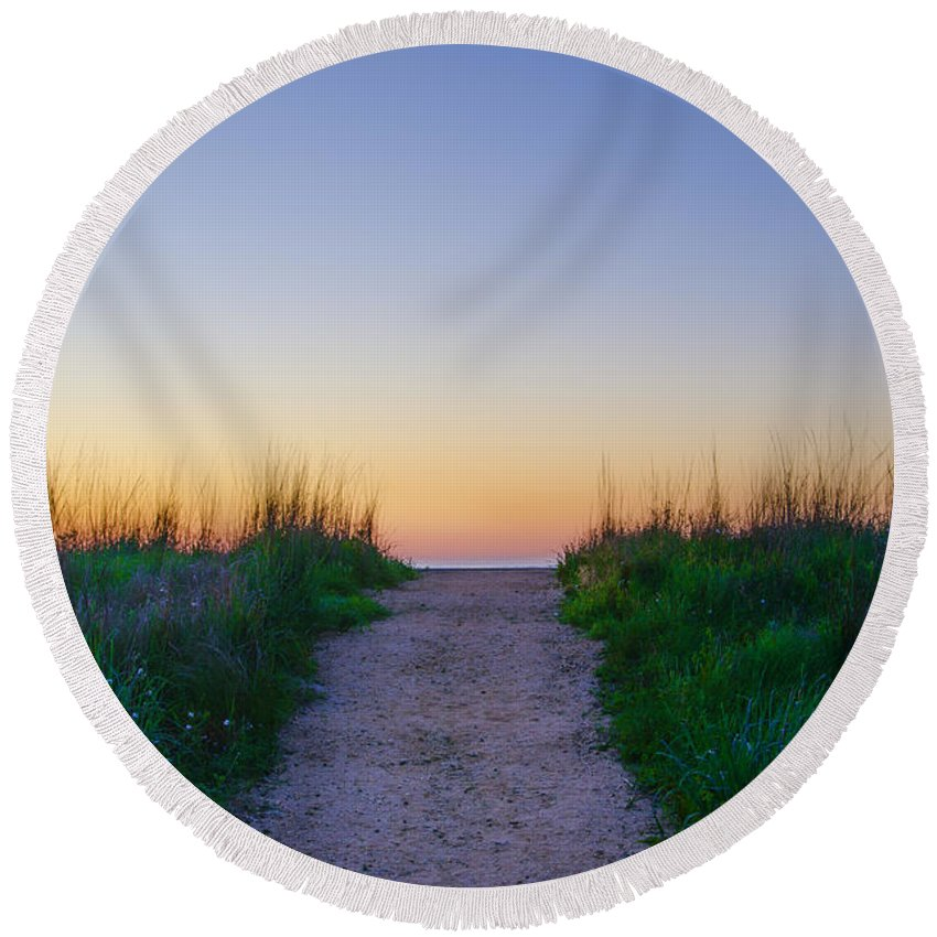 Angelsea Round Beach Towel featuring the photograph Angelsea Beach Path Before Sunrise by Bill Cannon