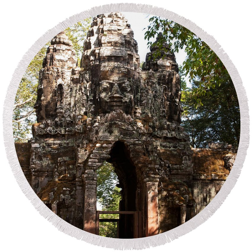 Angkor Round Beach Towel featuring the photograph Angkor Thom North Gate 01 by Rick Piper Photography