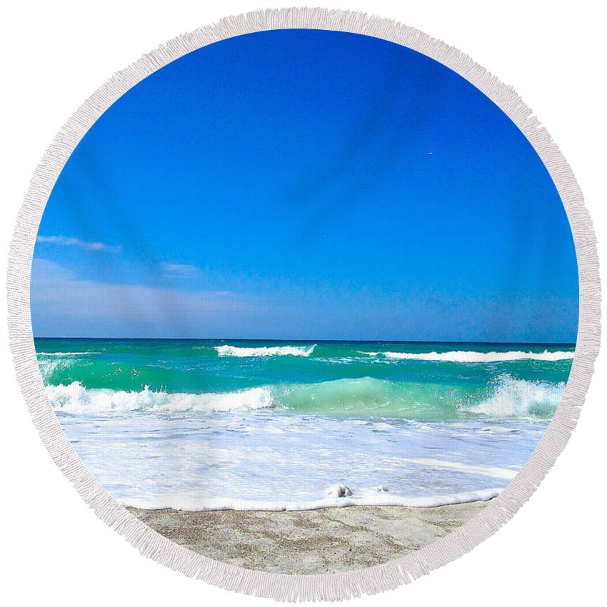 Longboat Key Florida Round Beach Towel featuring the photograph Aqua Surf by Margie Amberge