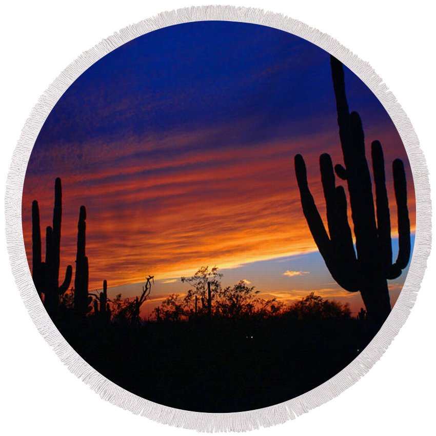 Sunset Round Beach Towel featuring the photograph Arizona Sunset by Tommy Anderson