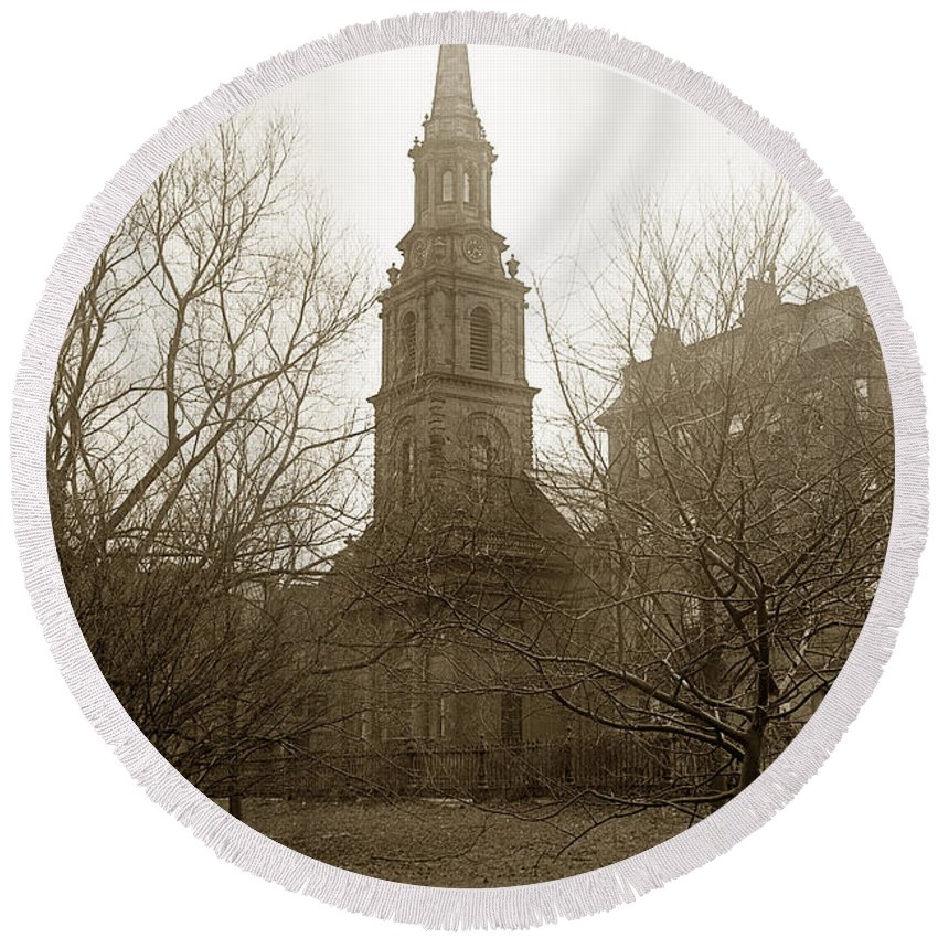 Arlington Round Beach Towel featuring the photograph Arlington Street Church Unitarian Universalist Boston Massachusetts Circa 1900 by California Views Archives Mr Pat Hathaway Archives