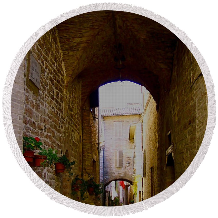 Assisi Round Beach Towel featuring the photograph Assisi Walkway by Debby Pueschel