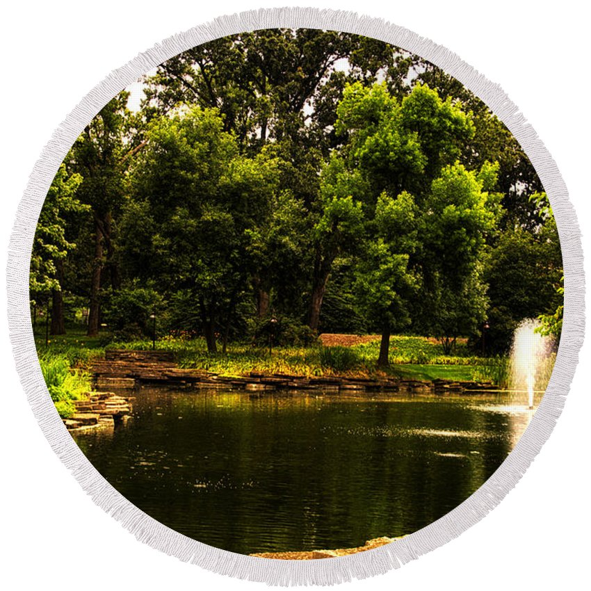 Pond Round Beach Towel featuring the photograph August By The Fountain by Thomas Woolworth