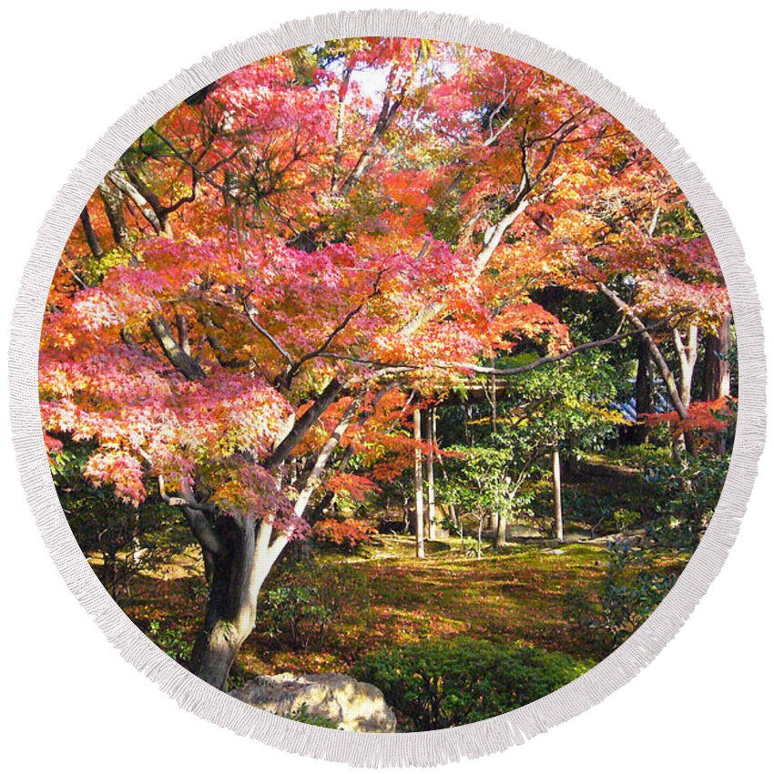 Kyoto Round Beach Towel featuring the photograph Autumn Colors by To-Tam Gerwe