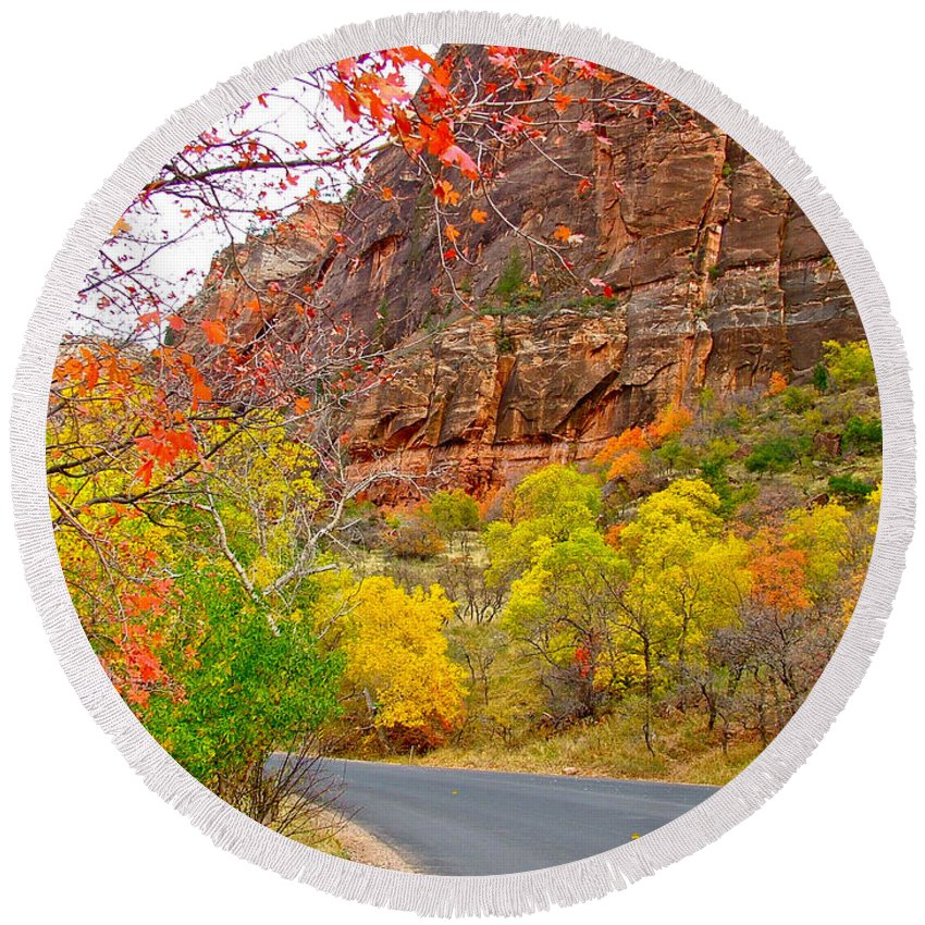 Autumn On Zion Canyon Scenic Drive In Zion National Park Round Beach Towel featuring the photograph Autumn On Zion Canyon Scenic Drive In Zion National Park-utah by Ruth Hager