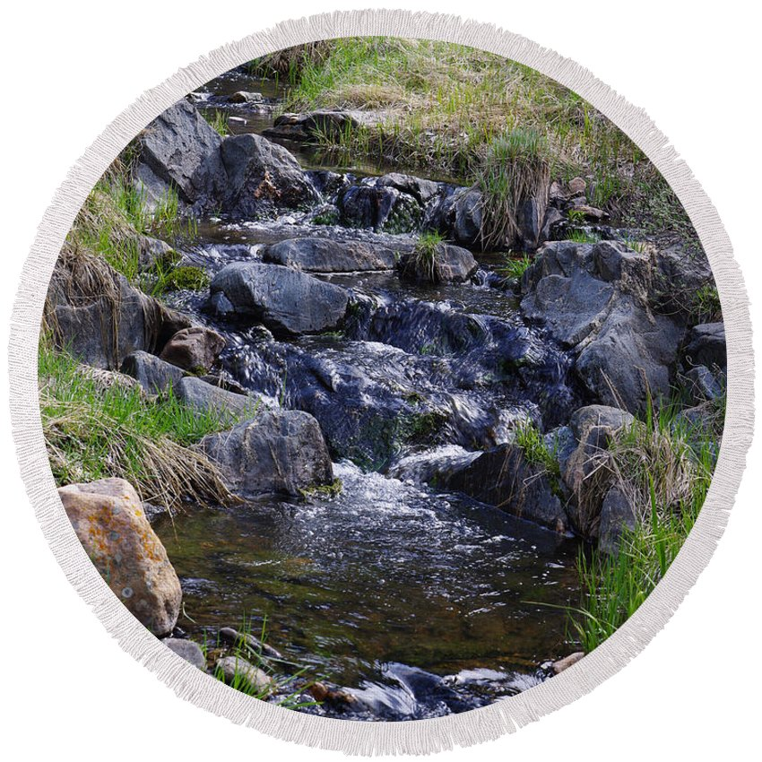 Colorado Photographs Round Beach Towel featuring the photograph Babbling Brook by Gary Benson
