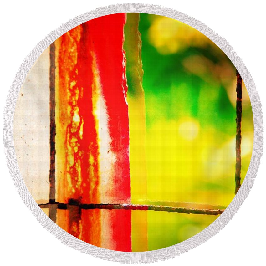 Abstract Round Beach Towel featuring the photograph Bacon Thoughts by David Coleman