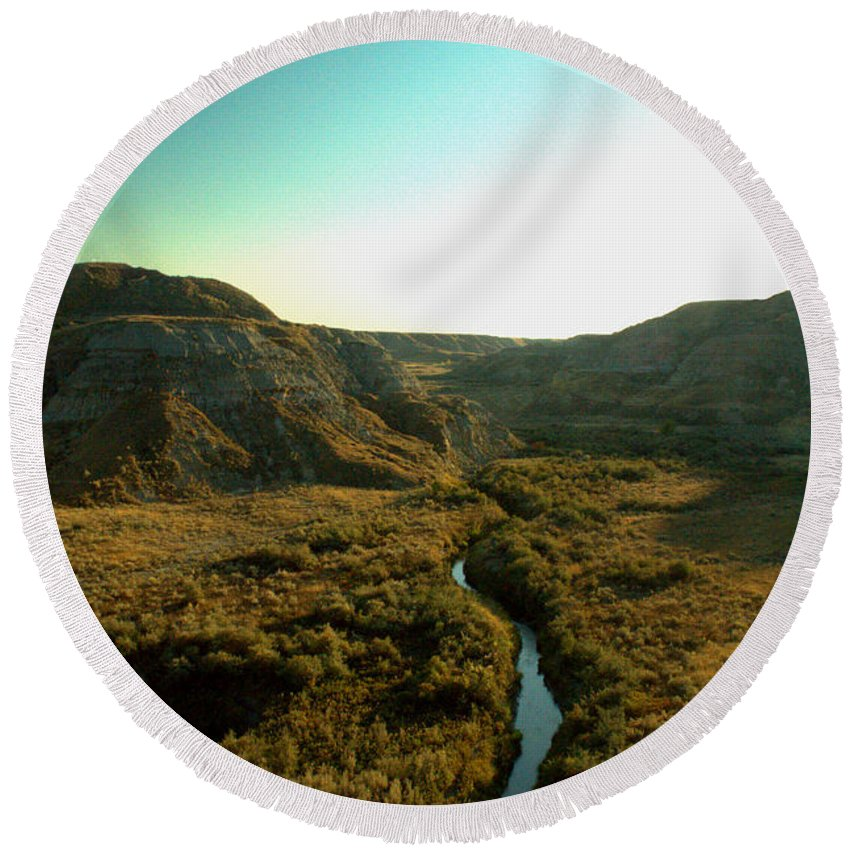 Coulee Round Beach Towel featuring the photograph Badlands Coulee by Matthew Naiden