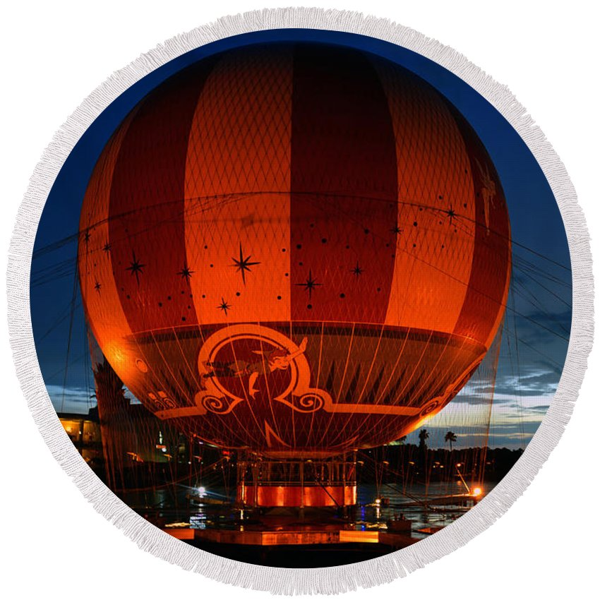 Downtown Disney Florida Round Beach Towel featuring the photograph The Great Balloon by David Lee Thompson