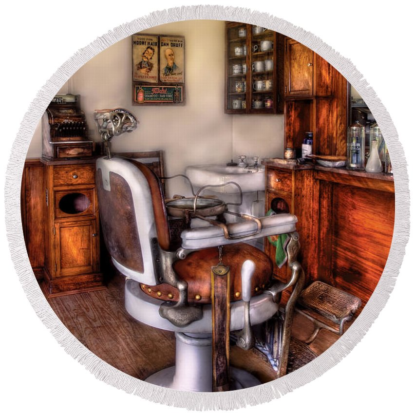 Barber Round Beach Towel featuring the photograph Barber - The Barber Chair by Mike Savad