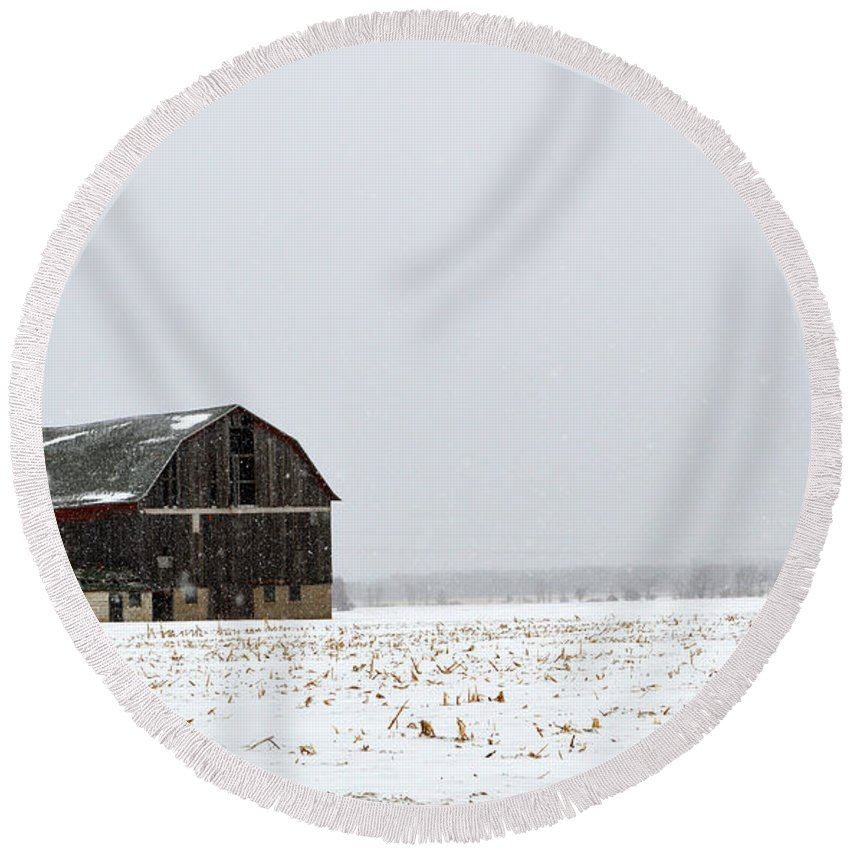 Winter Round Beach Towel featuring the photograph Barn And Snow by Linda Kerkau