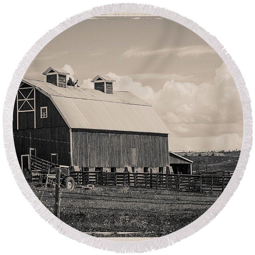Barn Round Beach Towel featuring the photograph Barn In Polaroid by Janice Pariza