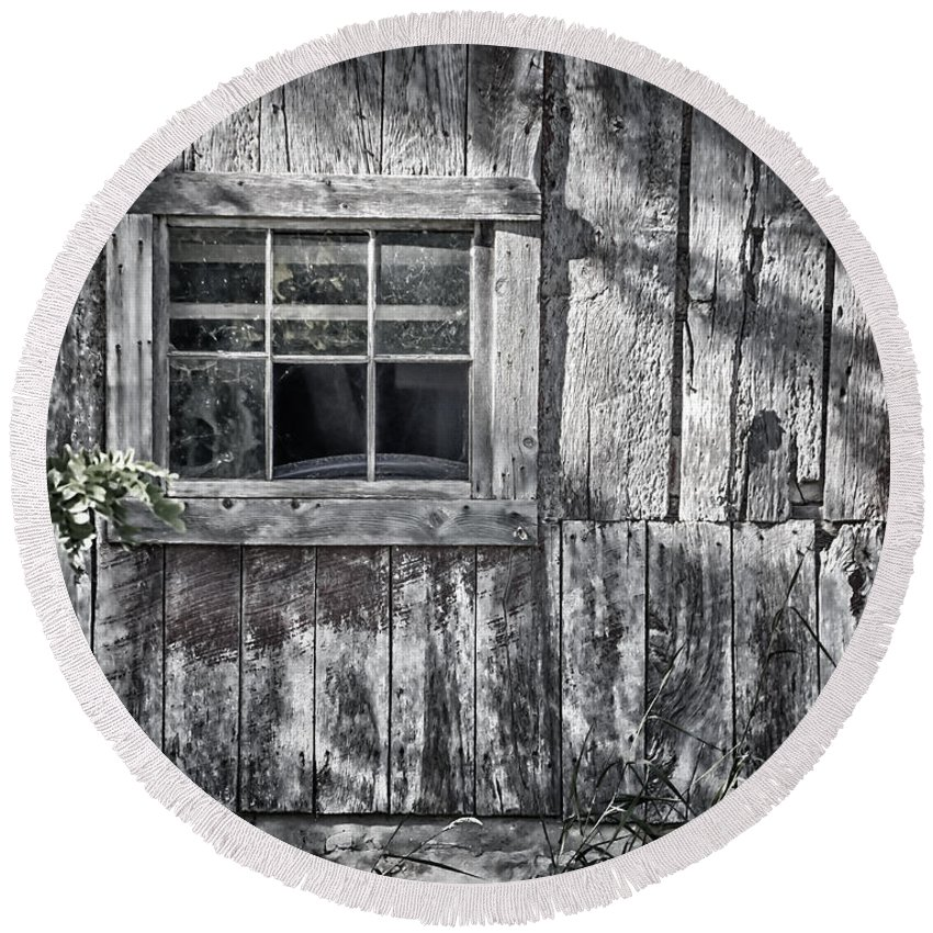 Abandoned Round Beach Towel featuring the photograph Barn Window by Joan Carroll