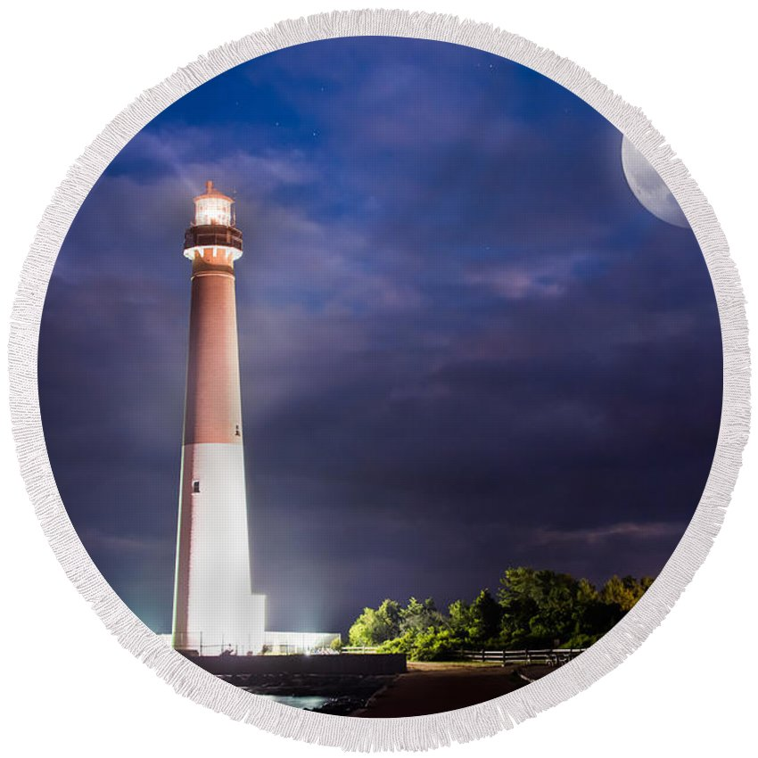 Super Moon Round Beach Towel featuring the photograph Barnegat Lighthouse Super Moon by Michael Ver Sprill