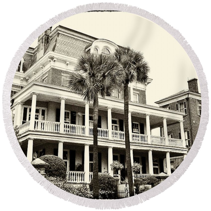 Battery Carriage House Inn Round Beach Towel featuring the photograph Battery Carriage House Inn by Jill Lang