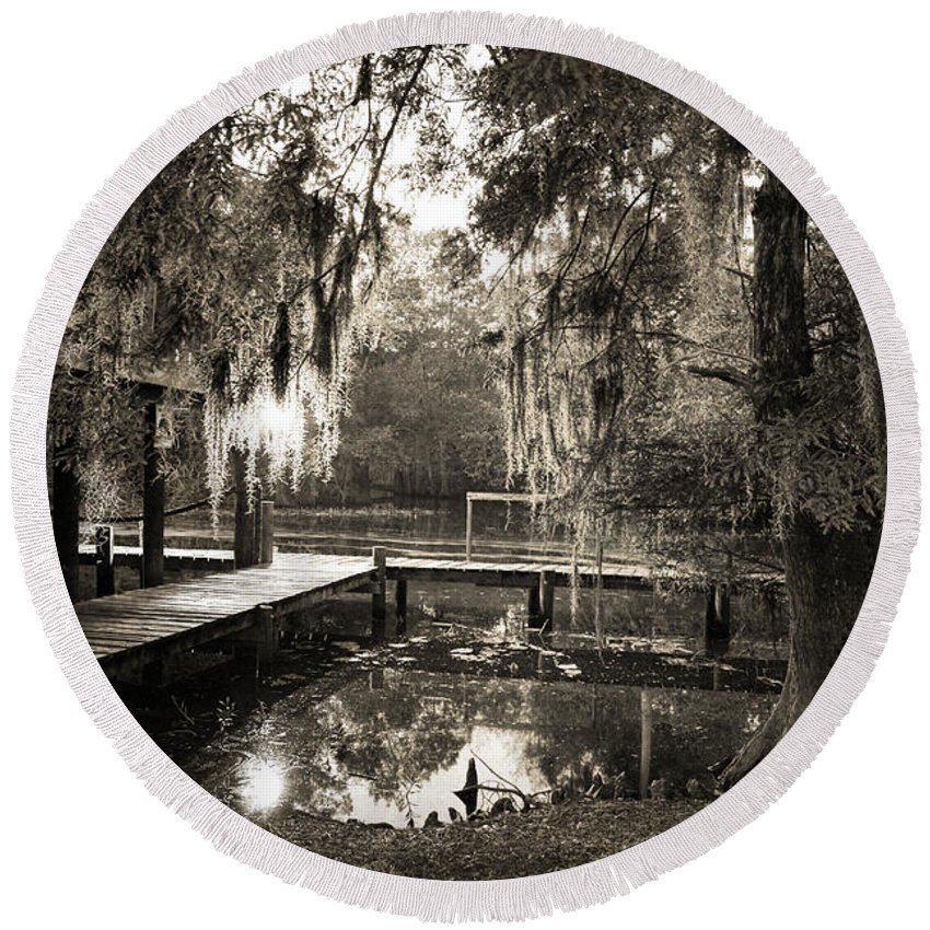 Swamp Round Beach Towel featuring the photograph Bayou Evening by Scott Pellegrin