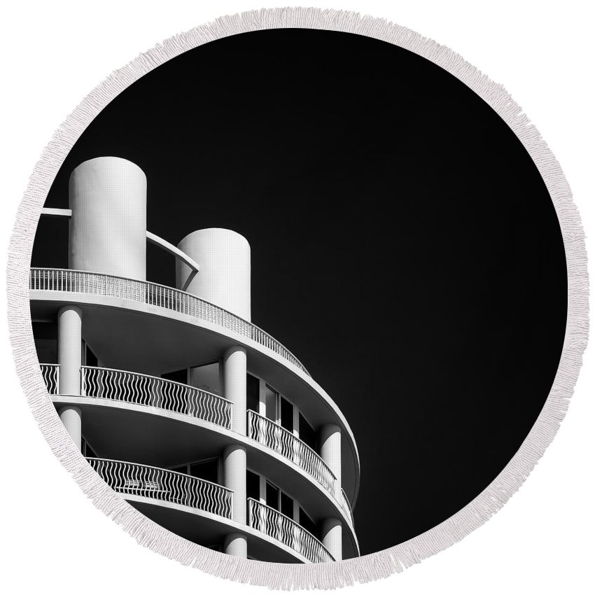 Hotel Round Beach Towel featuring the photograph Beach Hotel by Dave Bowman