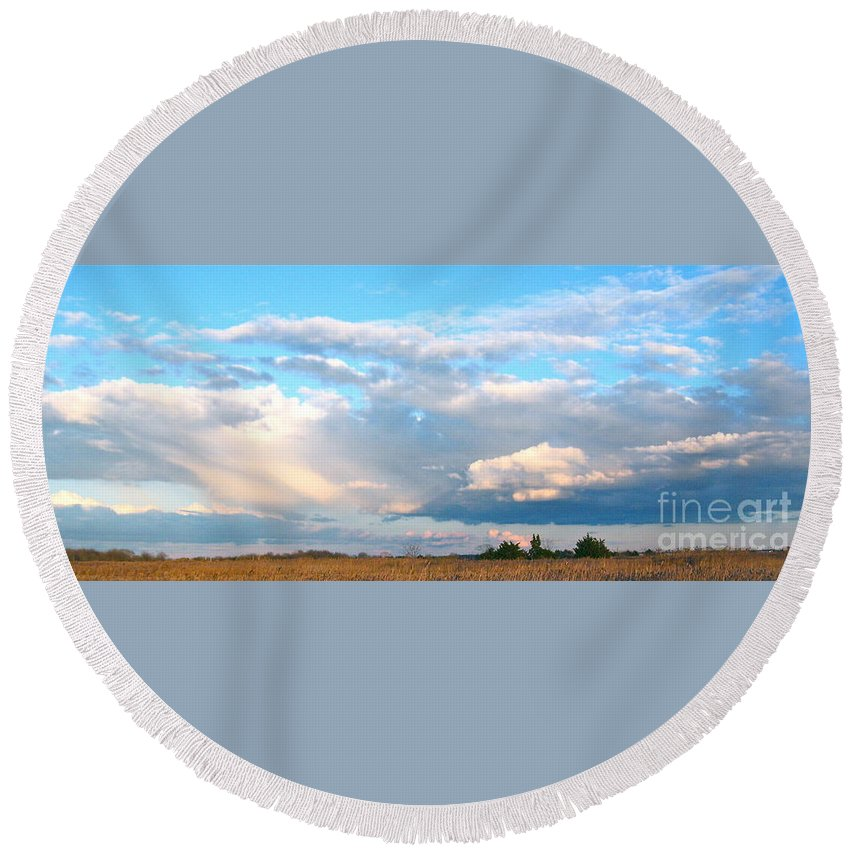 Southern New Jersey Round Beach Towel featuring the photograph Beautiful Day By The Bay by Nancy Patterson