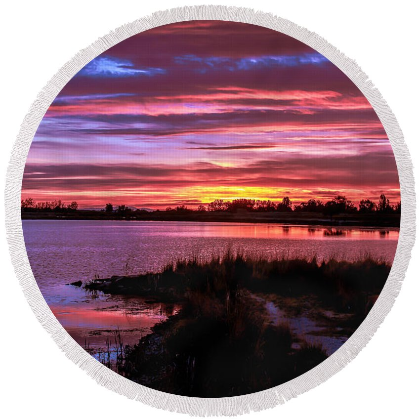 Sunset Round Beach Towel featuring the photograph Beautiful Evening by Robert Bales