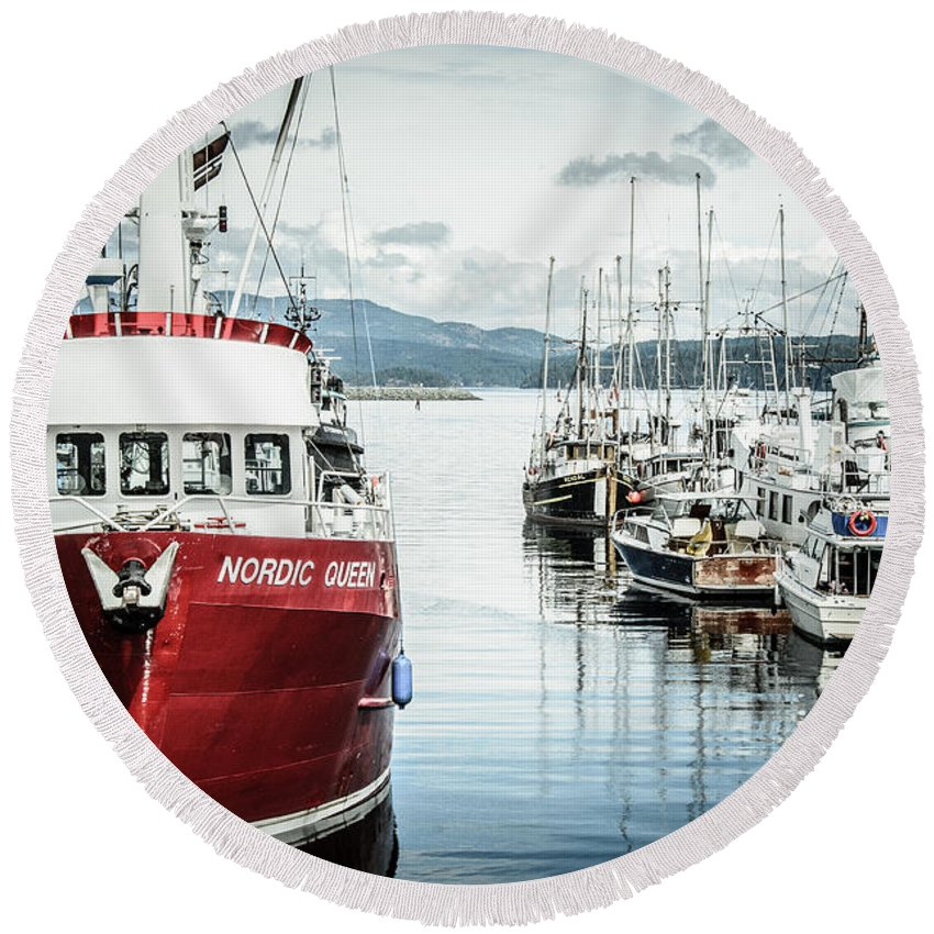 Fishing Boat Round Beach Towel featuring the photograph Beauty Queen In Red by Roxy Hurtubise