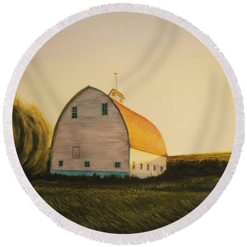Landscape Round Beach Towel featuring the painting Becker Barn by Leonard Heid