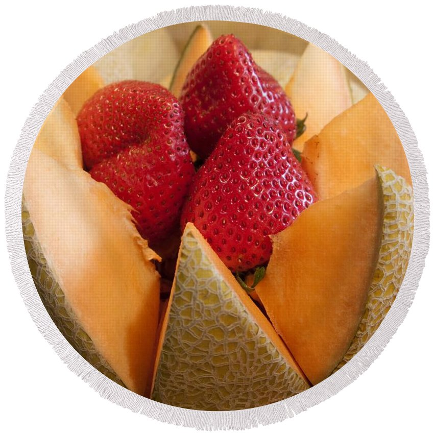 Cantaloupe Round Beach Towel featuring the photograph Berry Bowl by Ann Horn